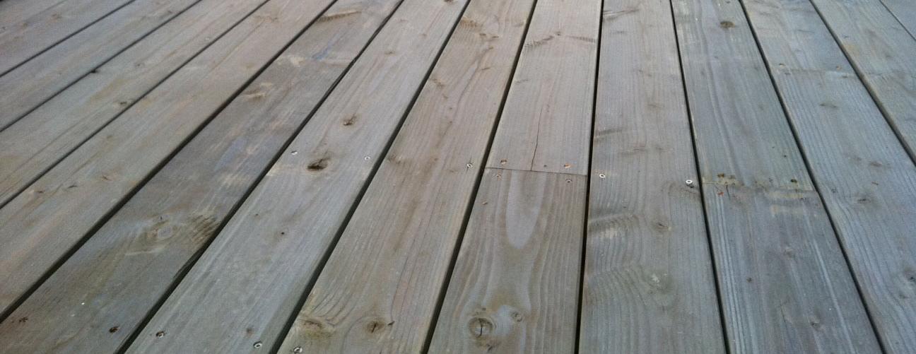 Decking Timber Softwood Hardwood Or Composite Ezydeck