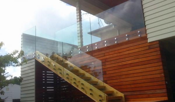 Balustrade-Glass-Frameless