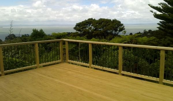 aluminium-pine-timber-railings