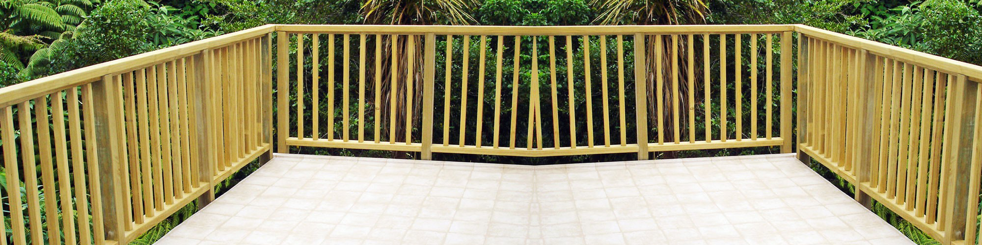 wood-pine-balustrade-slider